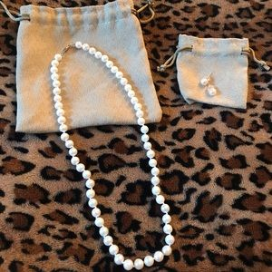 NWT REAL pearl necklace/earrings